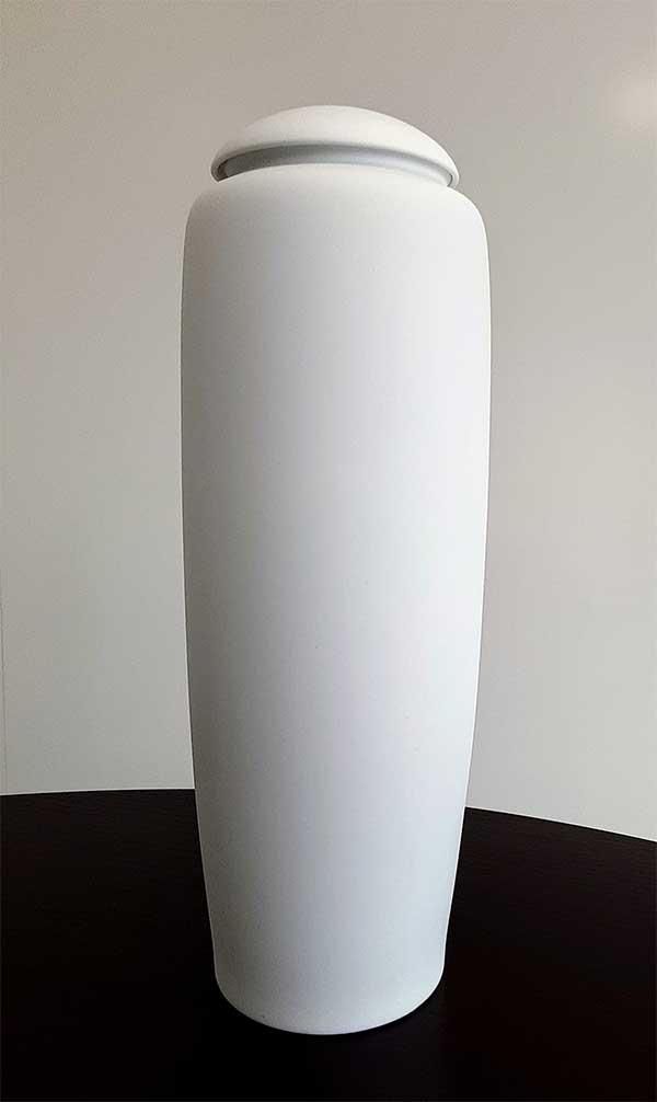 深川製磁製骨壺
